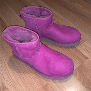 Low top Pink Glittery Uggs